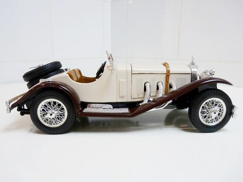 Mercedes Benz SSKL - 1928 - BBurago 1/18 ème Merced36