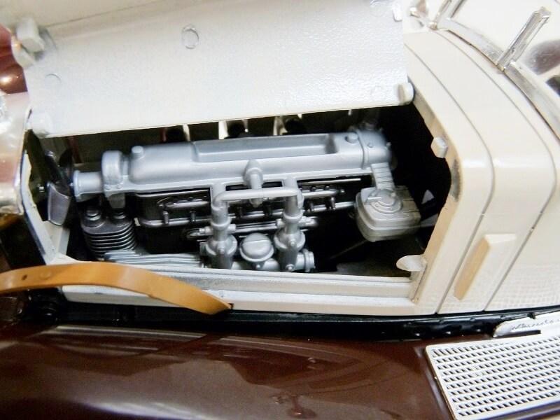 Mercedes Benz SSKL - 1928 - BBurago 1/18 ème Merced43