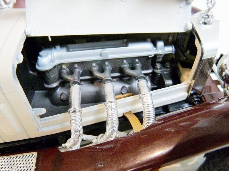 Mercedes Benz SSKL - 1928 - BBurago 1/18 ème Merced44