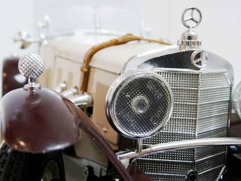 Mercedes Benz SSKL - 1928 - BBurago 1/18 ème Merced51
