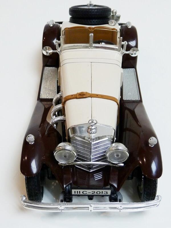 Mercedes Benz SSKL - 1928 - BBurago 1/18 ème Merced52