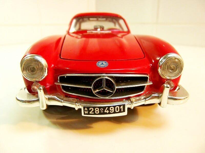 Mercedes 300SL - 1954 - BBurago 1/18 ème Merced59