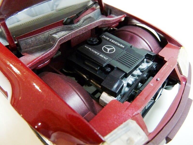 Mercedes SL 500 - 1989 - Maisto 1/18 ème Merced80