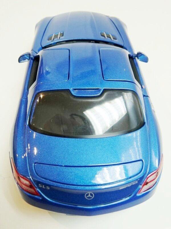 Mercedes SLS AMG GT 6.3 litres Final Edition - 2014 - Maisto 1/18 ème Merced97