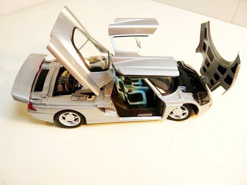 Mercedes Benz - C112 1991 - Guiloy 1/18 ème Merded13