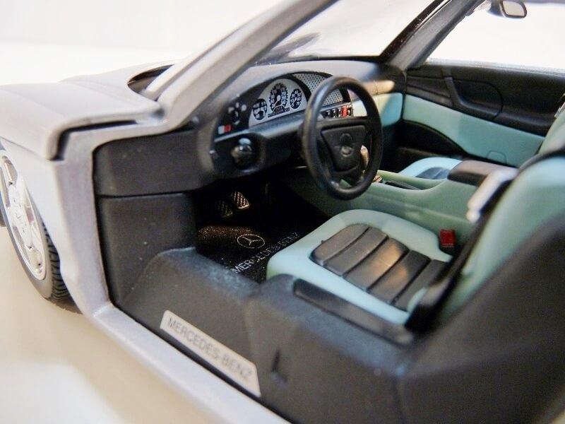 Mercedes Benz - C112 1991 - Guiloy 1/18 ème Merded18