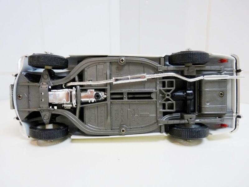 MG A Twin-Cam - 1959 - Tonka Polistil 1/16 ème Mgatc512