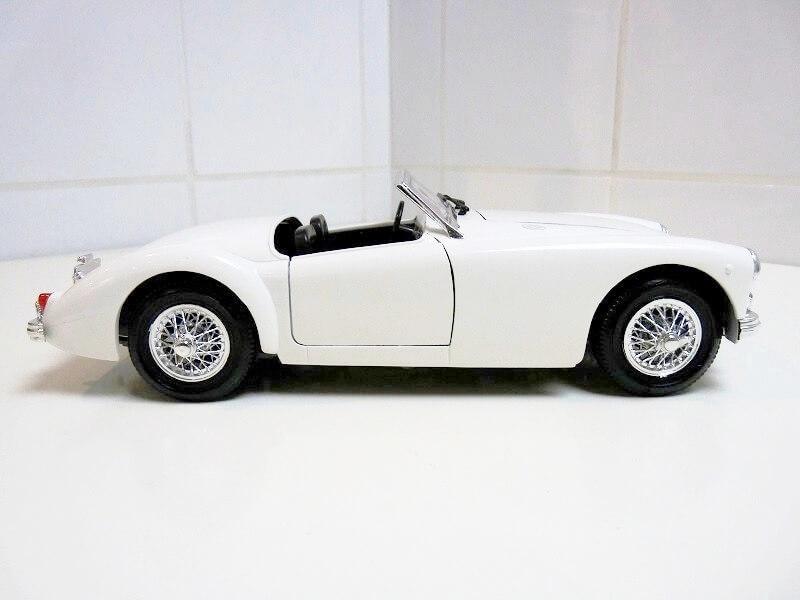 MG A Twin-Cam - 1959 - Tonka Polistil 1/16 ème Mgatc519