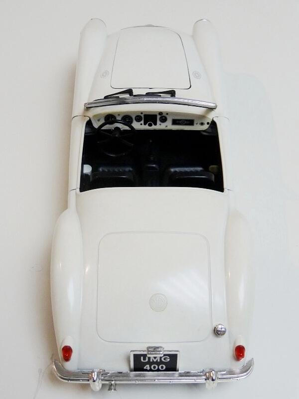 MG A Twin-Cam - 1959 - Tonka Polistil 1/16 ème Mgatc524