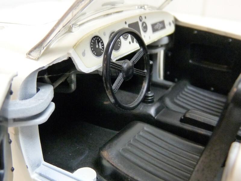 MG A Twin-Cam - 1959 - Tonka Polistil 1/16 ème Mgatc532