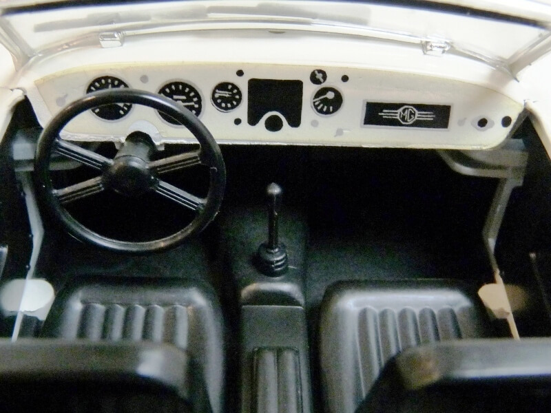 MG A Twin-Cam - 1959 - Tonka Polistil 1/16 ème Mgatc533