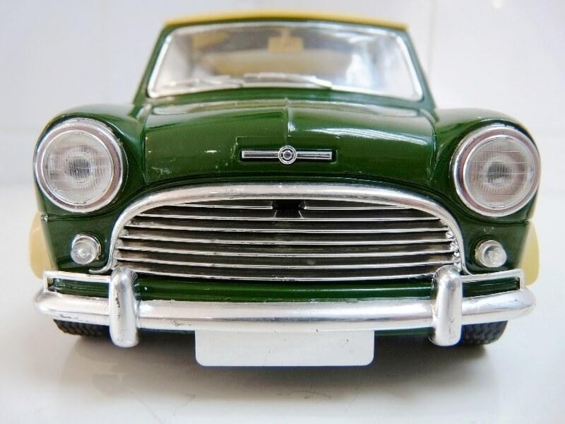 Mini Cooper S - 1964 - Solido 1/16 ème Mini_c10