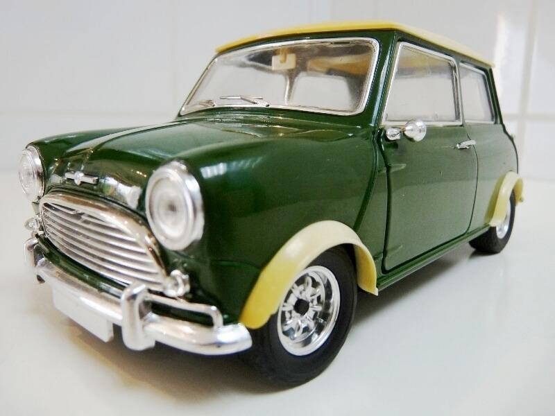Mini Cooper S - 1964 - Solido 1/16 ème Mini_c11