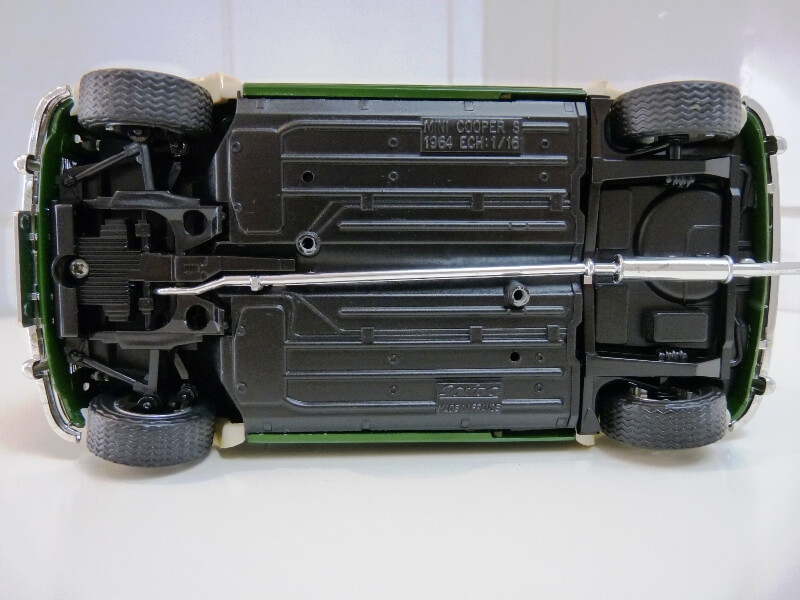 Mini Cooper S - 1964 - Solido 1/16 ème Mini_c13