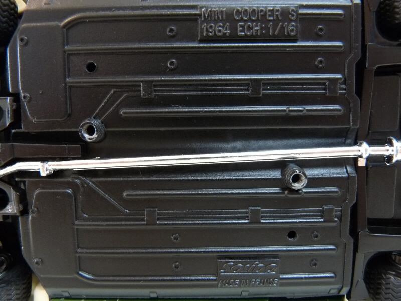 Mini Cooper S - 1964 - Solido 1/16 ème Mini_c14