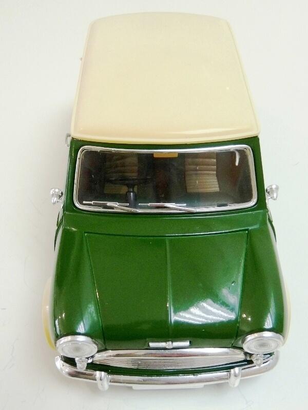 Mini Cooper S - 1964 - Solido 1/16 ème Mini_c16