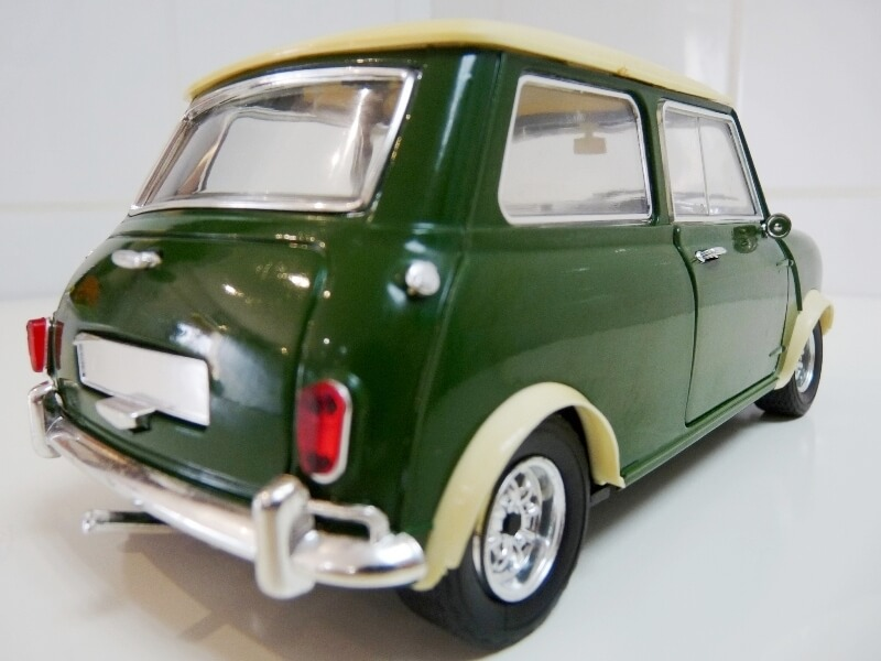 Mini Cooper S - 1964 - Solido 1/16 ème Mini_c20