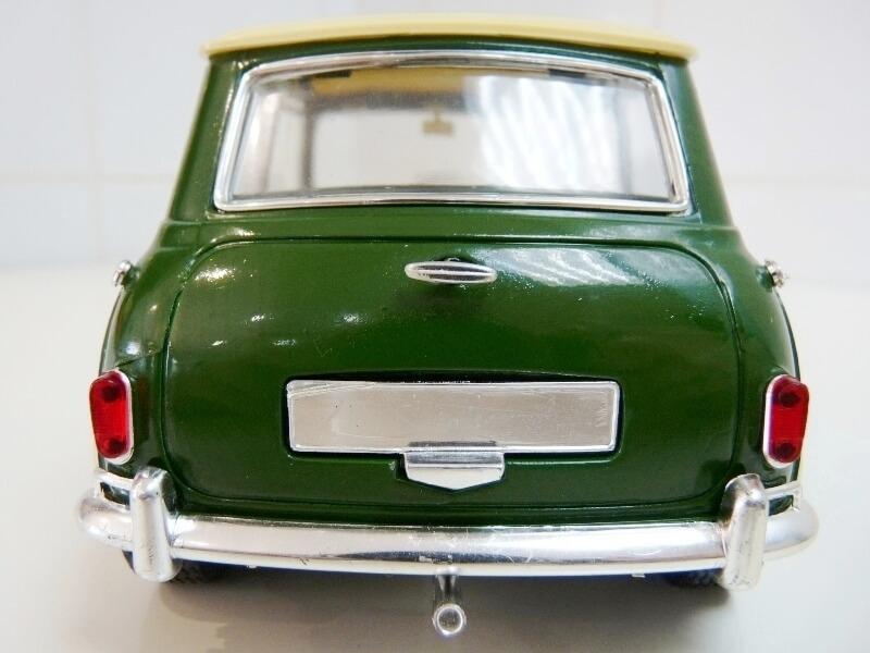 Mini Cooper S - 1964 - Solido 1/16 ème Mini_c21