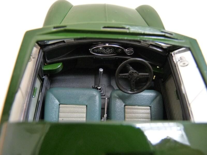 Mini Cooper S - 1964 - Solido 1/16 ème Mini_c22