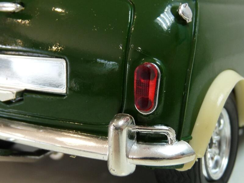 Mini Cooper S - 1964 - Solido 1/16 ème Mini_c28
