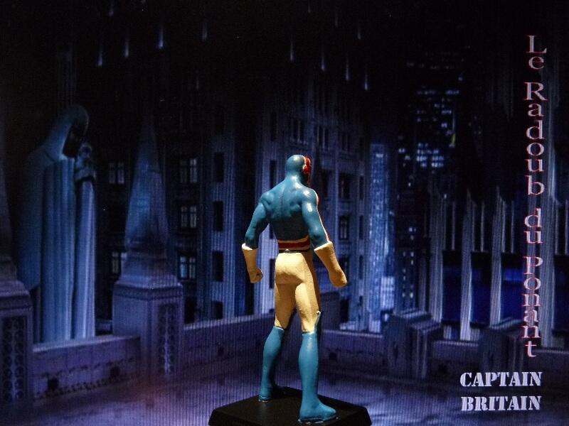 Captain Britain - Figurine en plomb Mlcptb11