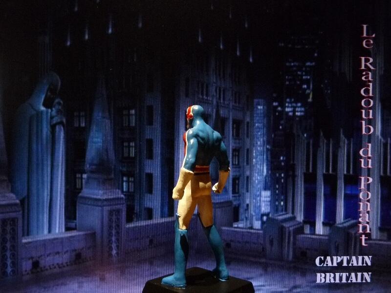 Captain Britain - Figurine en plomb Mlcptb12