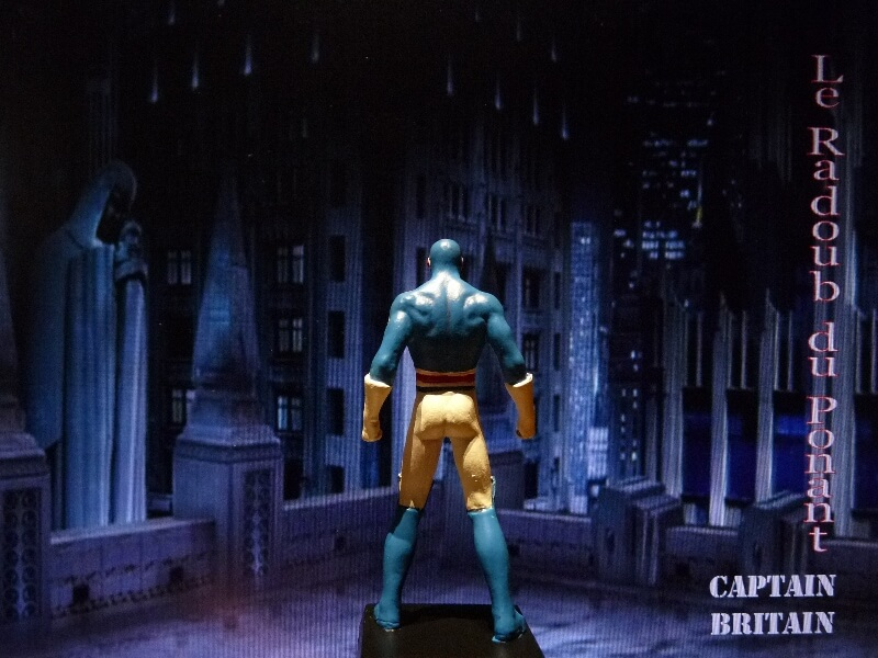 Captain Britain - Figurine en plomb Mlcptb13