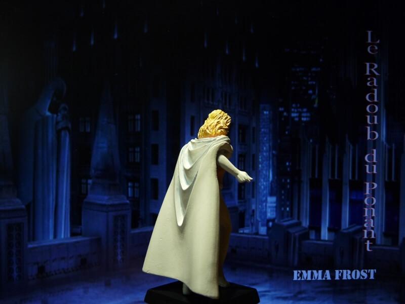 Emma Frost - Figurine en plomb Mlemft12