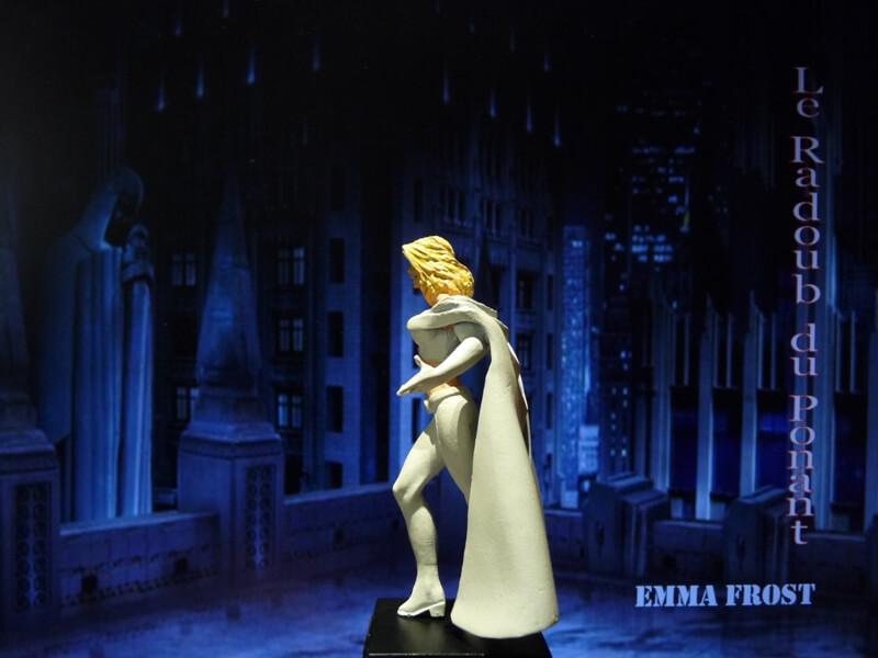 Emma Frost - Figurine en plomb Mlemft13