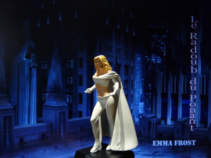Emma Frost - Figurine en plomb Mlemft15