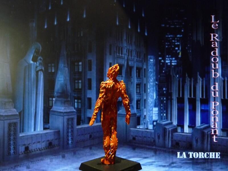 La Torche - Figurine en plomb Mllte410