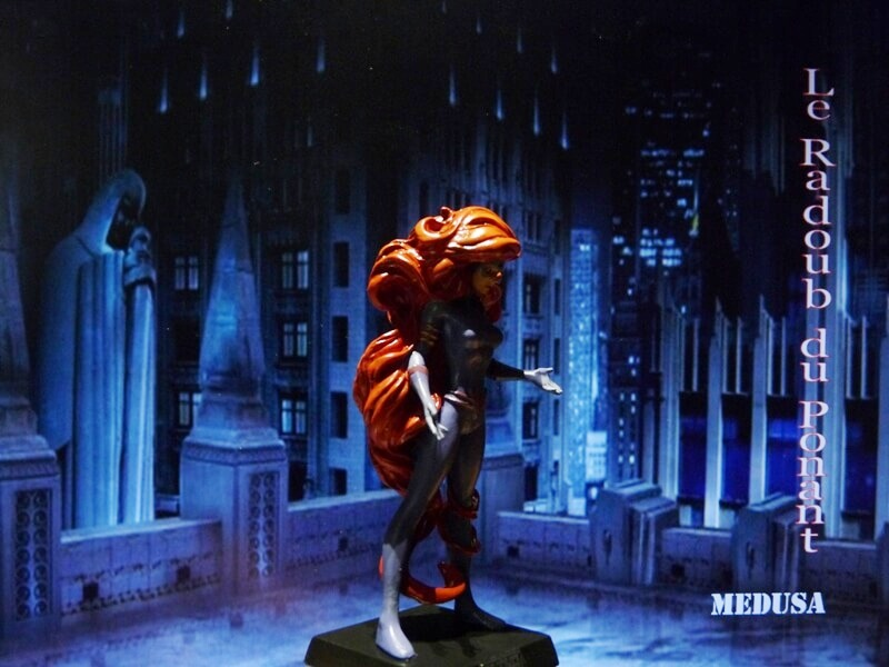 Medusa - Figurine en plomb Mlmda810