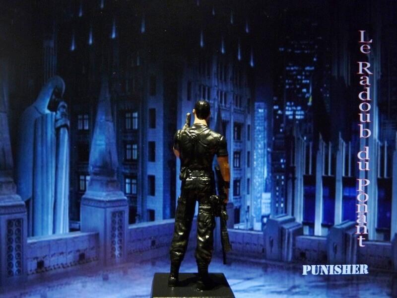 Punisher - Figurine en plomb Mlpnsr15
