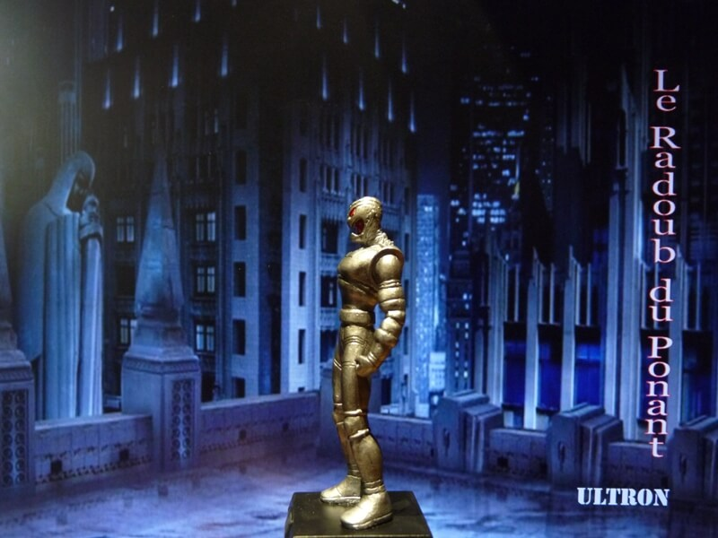 Ultron - Figurine en plomb Mlun310