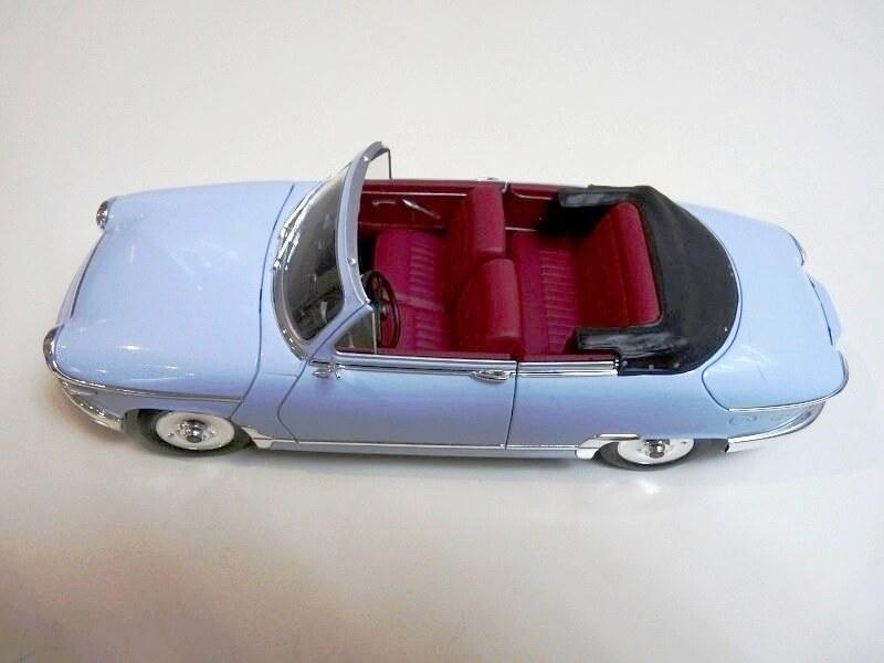 Panhard PL17 Cabriolet - 1962 - Solido 1/18 ème Panhar25