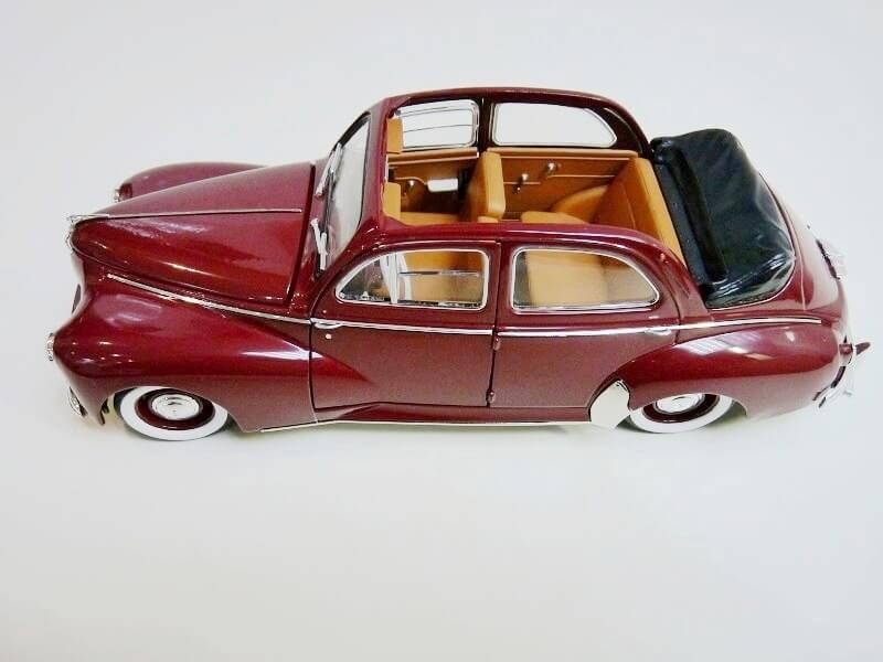 Peugeot 203 Découvrable - 1949 - Solido 1/18 ème Peugeo10