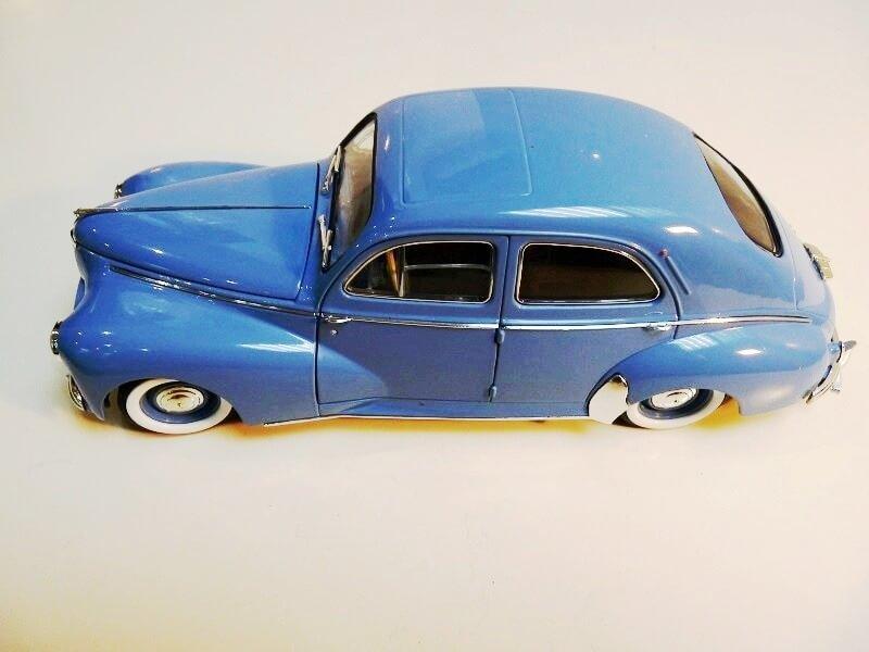 Peugeot 203 - 1950 - Solido 1/18 ème Peugeo18