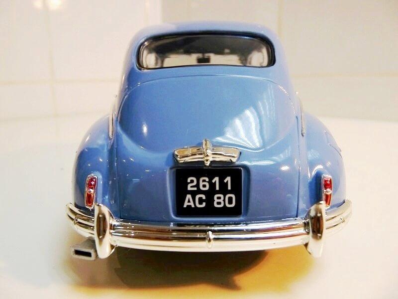 Peugeot 203 - 1950 - Solido 1/18 ème Peugeo22