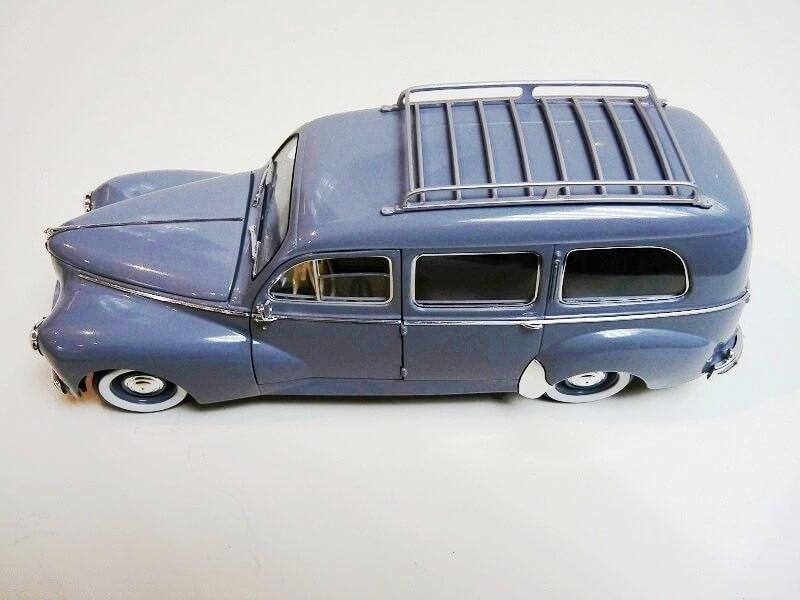 Peugeot 203 Limousine Familiale - 1950 - Solido 1/18 ème Peugeo27