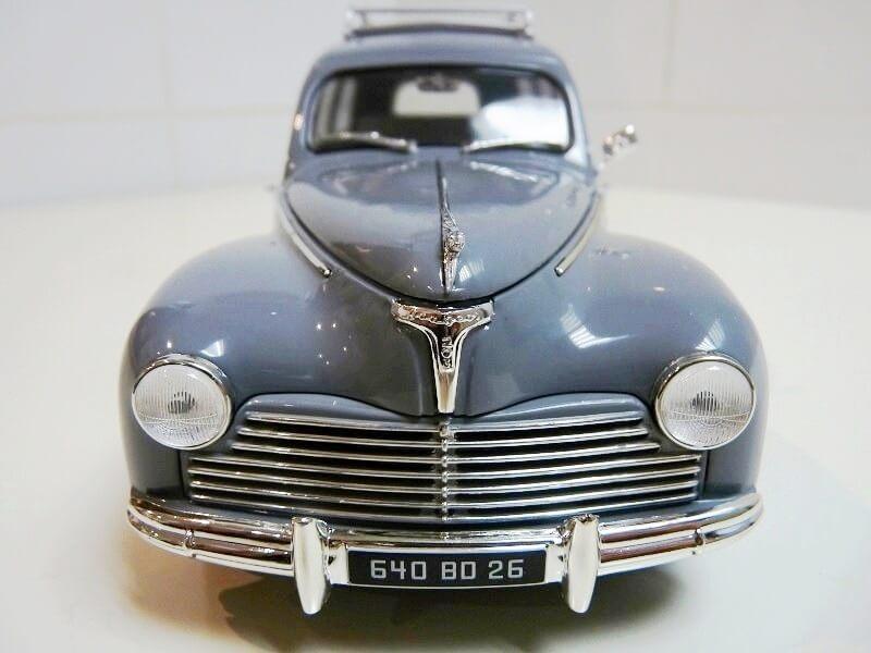 Peugeot 203 Limousine Familiale - 1950 - Solido 1/18 ème Peugeo28
