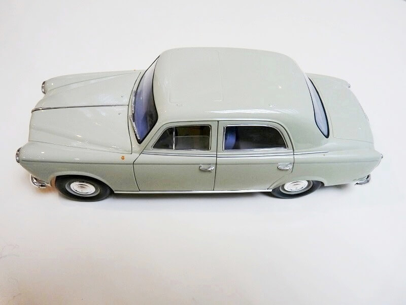 Peugeot 403 - 1959 - Solido 1/18 ème Peugeo35