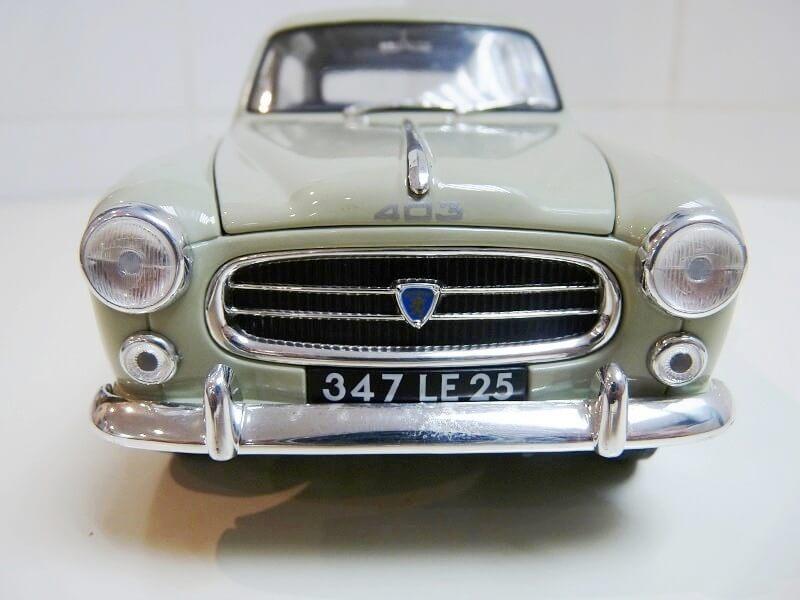 Peugeot 403 - 1959 - Solido 1/18 ème Peugeo39