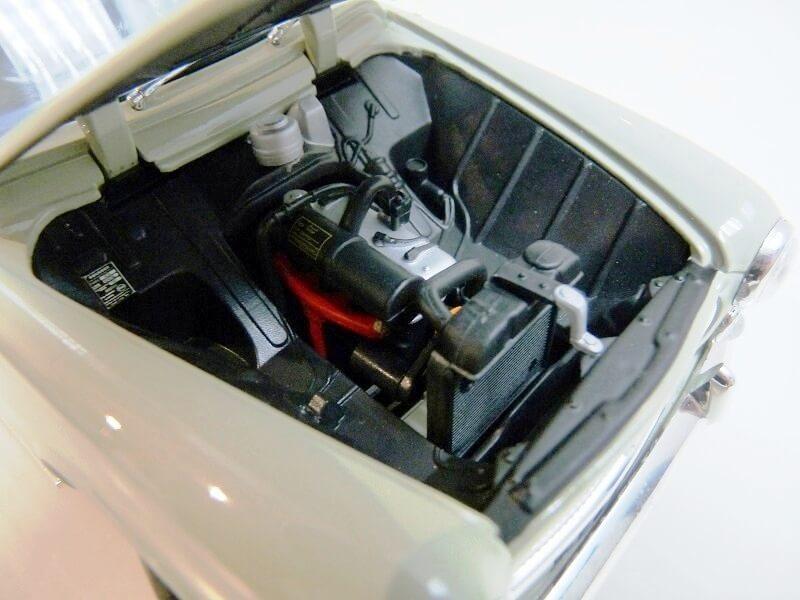 Peugeot 403 - 1959 - Solido 1/18 ème Peugeo41