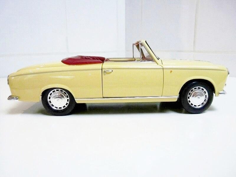 Peugeot 403 Cabriolet Grand Luxe 8ch - 1959 - Solido 1/18 ème Peugeo43