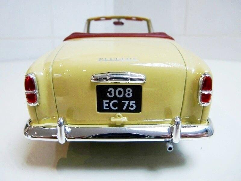 Peugeot 403 Cabriolet Grand Luxe 8ch - 1959 - Solido 1/18 ème Peugeo44
