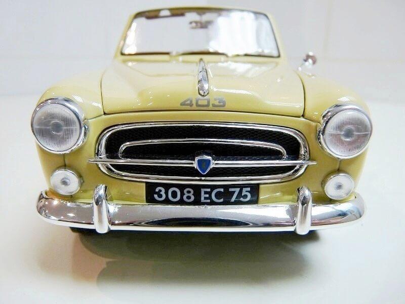 Peugeot 403 Cabriolet Grand Luxe 8ch - 1959 - Solido 1/18 ème Peugeo46