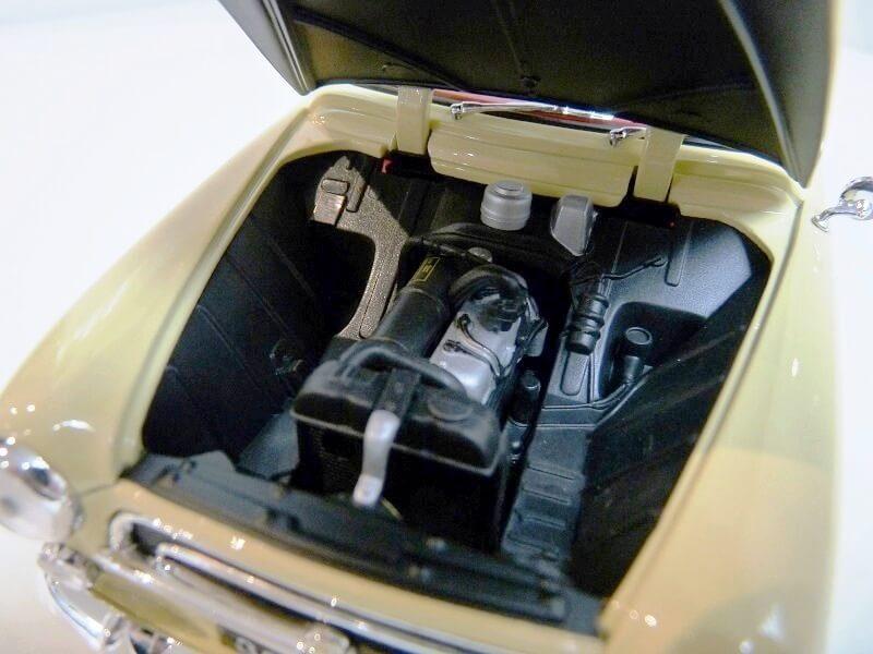 Peugeot 403 Cabriolet Grand Luxe 8ch - 1959 - Solido 1/18 ème Peugeo49
