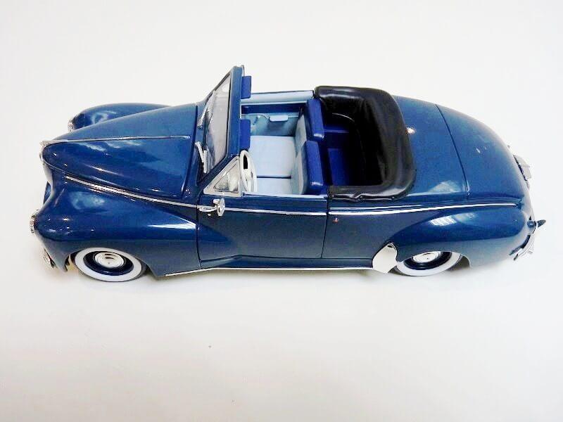 Peugeot 203 Cabriolet - 1964 - Solido 1/18 ème Peugeo50