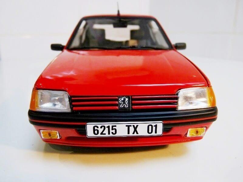 Peugeot 205 GTI 1.9 - 1986 - Solido 1/18 ème Peugeo60