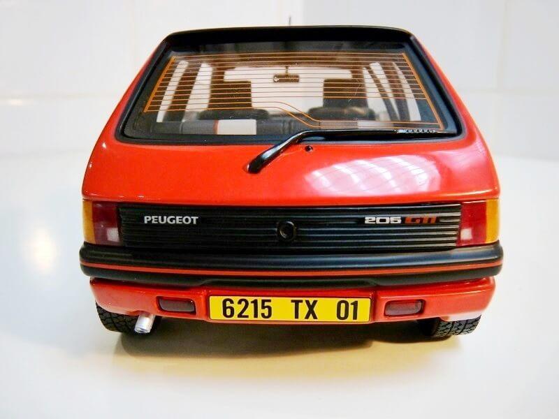 Peugeot 205 GTI 1.9 - 1986 - Solido 1/18 ème Peugeo63